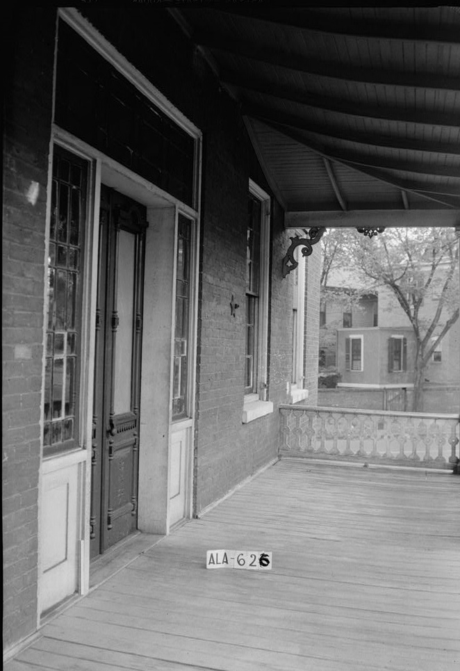 W. N. Manning, Photographer, July 12, 1935 VIEW ON FRONT PORCH LOOKING EAST - Figh-Pickett House, 14 Clayton Street, Montgomery, Montgomery County, AL