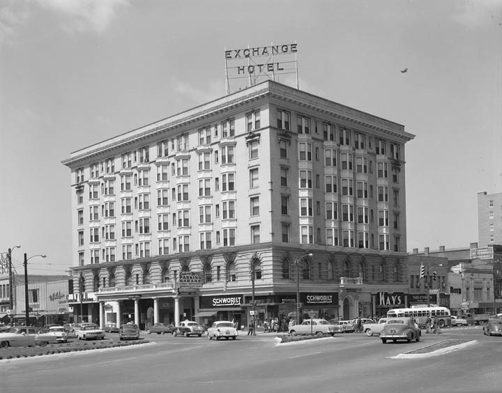 new Exchange hotel april 4, 1961