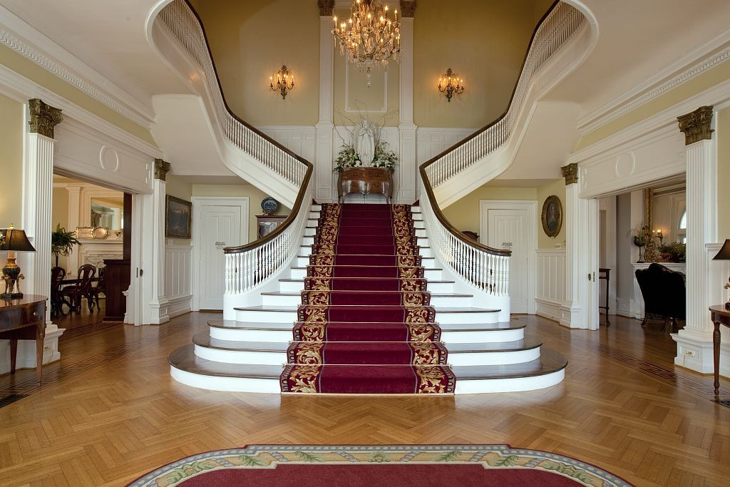 Alabama's Governor's mansion staircase by Carol Highsmith 2010
