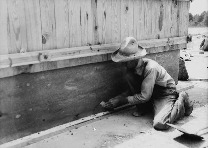 Rammed earth construction near Birmingham, Alabama 1937 Thomas Hibben3