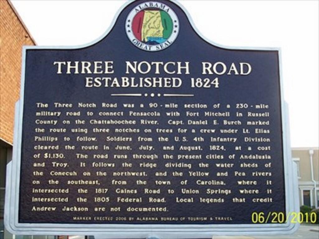 three notch sign