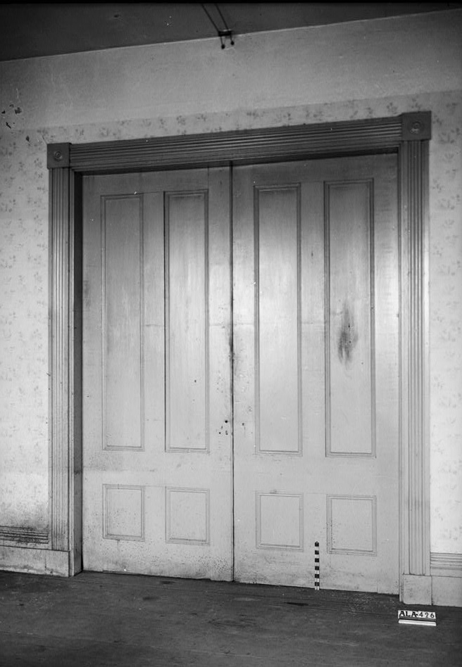 Alex Bush, Photographer, March 4, 1937 DOUBLE DOORS IN N.E. ROOM, FIRST FLOOR - Benjamin Pinckney Worthington House, Sixth Avenue South, Birmingham, Jefferson County, AL