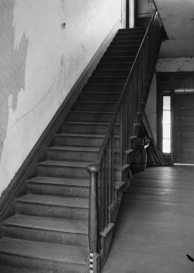 Alex Bush, Photographer, March 4, 1937 STAIRWAY TO REAR OF MAIN HALL - Benjamin Pinckney Worthington House, Sixth Avenue South, Birmingham, Jefferson County, AL