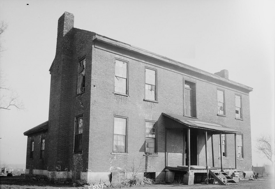 Anthony Winston House, Eighth Street & Fourteenth Avenue, Tuscumbia, Colbert County, AL - also called Andrew Jackson House