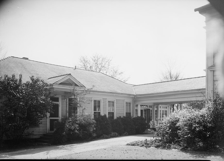 Arlington - Alex Bush, Photographer, March 4, 1937 FRONT ELEVATION DINING ROOM AND KITCHEN - Arlington Place, 331 Cotton Avenue, Southwest, Birmingham, Jefferson County, AL