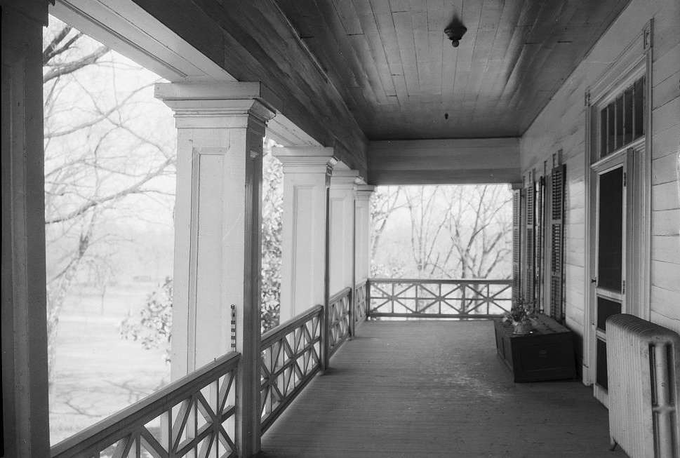 Arlington - Alex Bush, Photographer, March 4, 1937 LOOKING EAST ON SECOND FLOOR PORCH - Arlington Place, 331 Cotton Avenue, Southwest, Birmingham, Jefferson County, AL