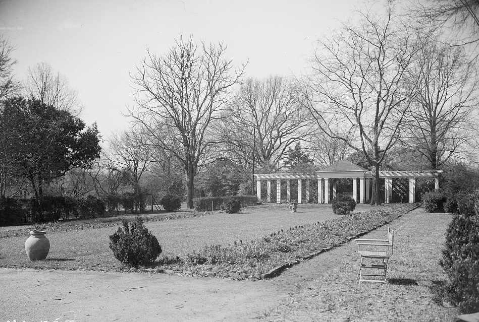 Arlington - Alex Bush, Photographer, March 4, 1937 VIEW OF GARDEN AND SUMMER HOUSE - Arlington Place, 331 Cotton Avenue, Southwest, Birmingham, Jefferson County, AL