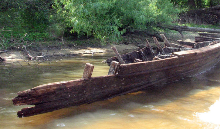 Boat pulled from the Escambia river
