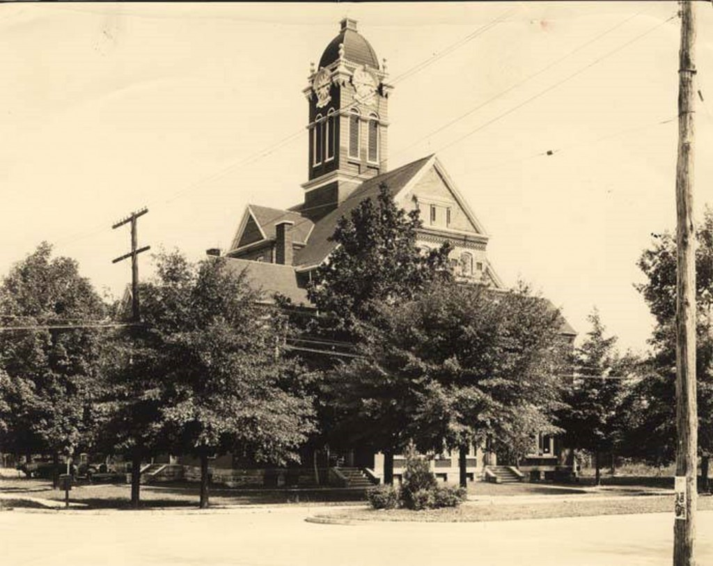 Franklin County Courthouse ca. 1920