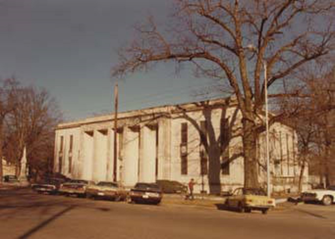 Franklin County Courthouse ca. 1970 (Alabama Department of Archives and History)