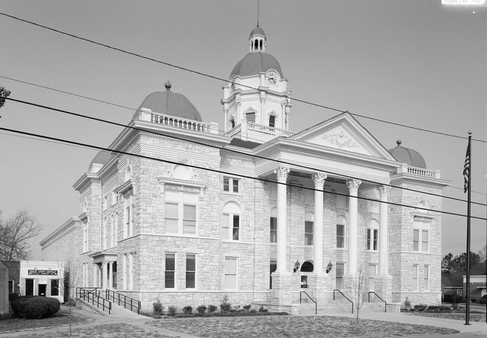 Shelby County Courthouse on Main street (Library of Congress)