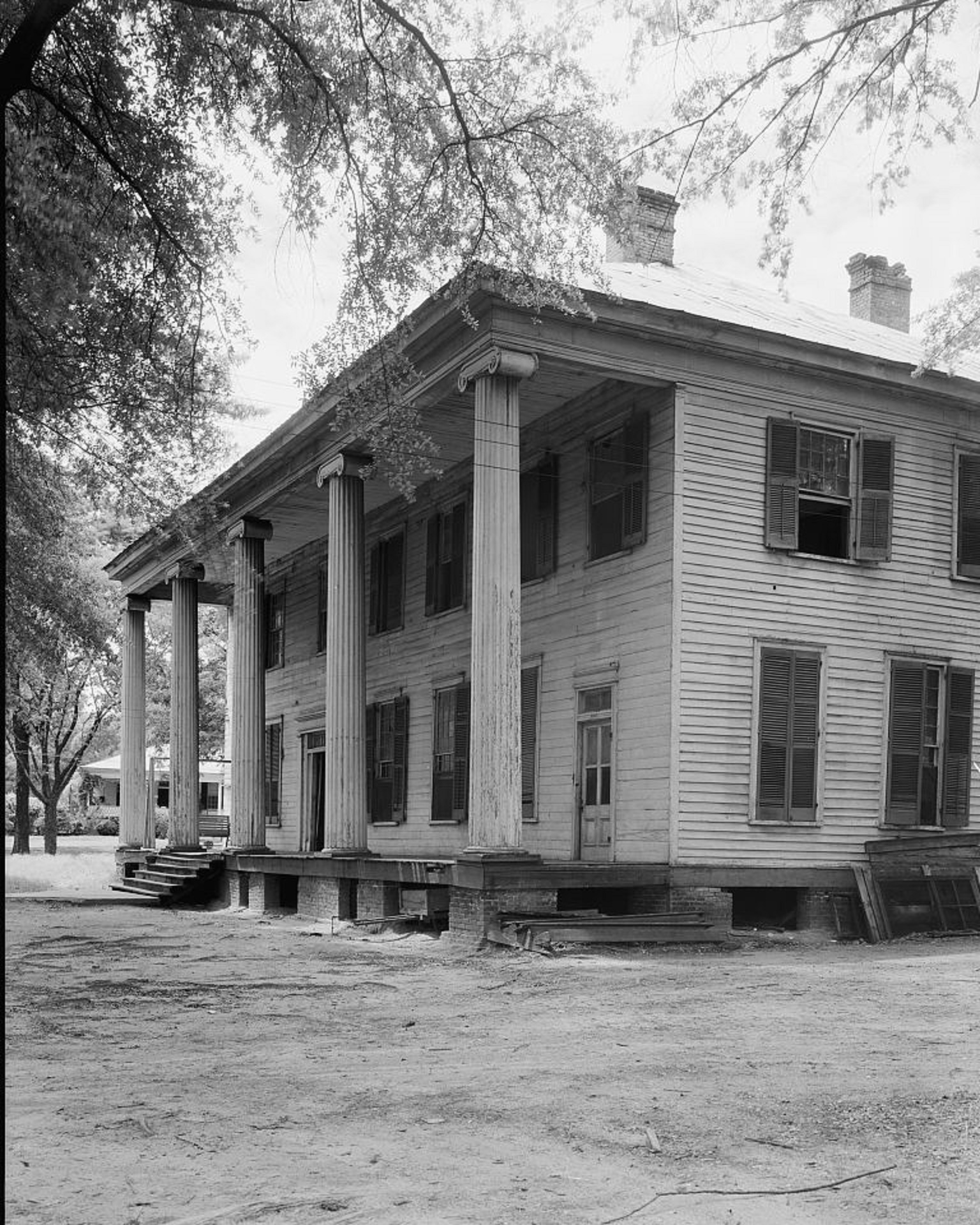Eutaw Female Academy, also known as the Mesopotamia Female Seminary, Eutaw, Greene County, Alabama 1939 by photographer Frances Benjamin Johnston