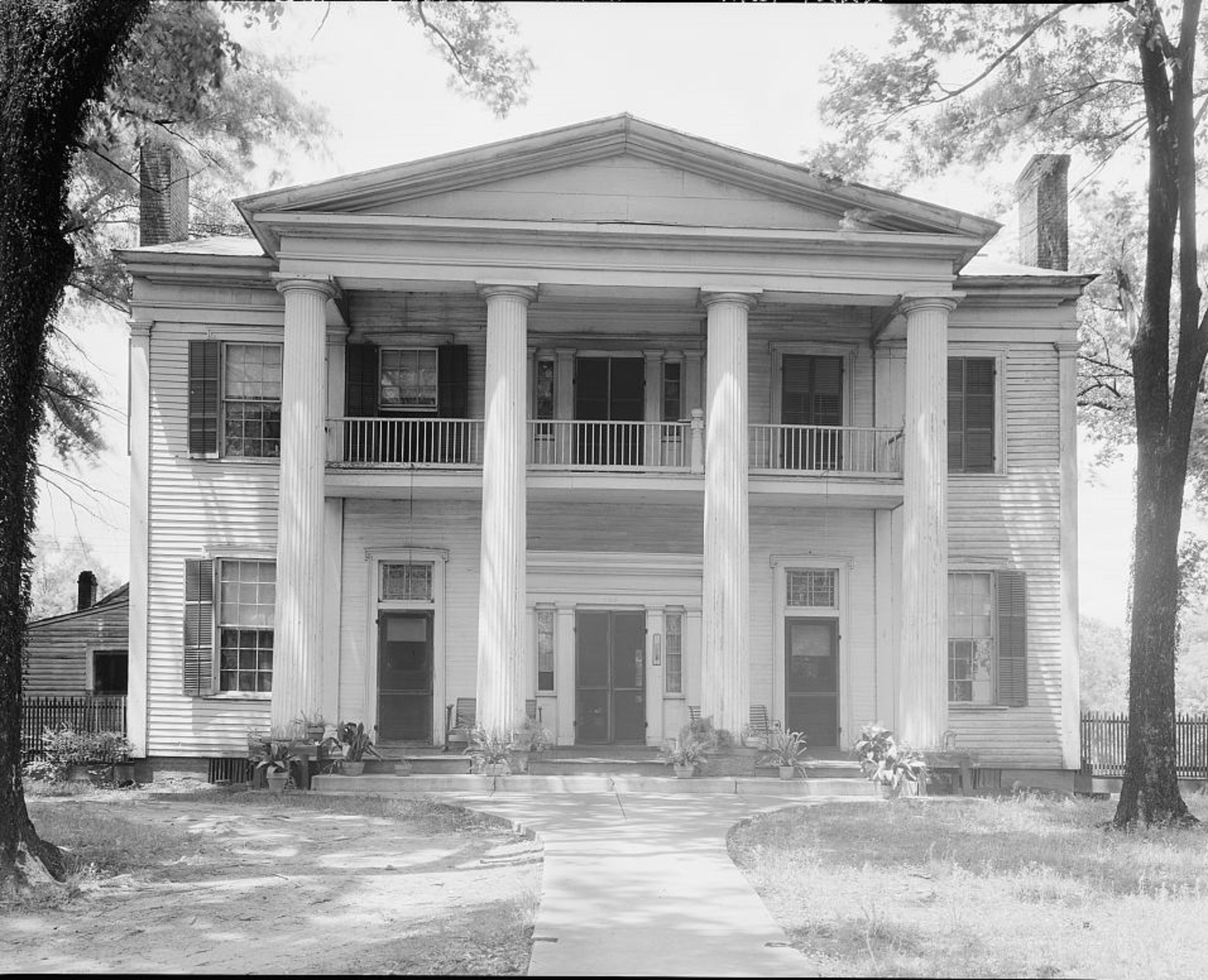 Smith House 220 Main Street Eutaw 1939 by Photographer Frances Benjamin Johnston