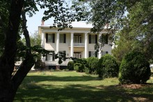 PATRON + A love story and possible disinheritance is hidden within the walls of Belvoir in Alabama