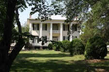 A love story and possible disinheritance hidden within the walls of Belvoir in Alabama