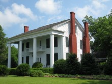 Twin Oaks Plantation where the Confederate Rangers were organized still exists today