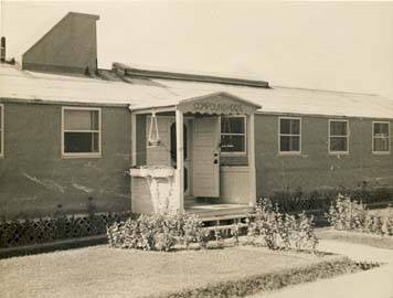 Headquarters_building_at_the_German_POW_camp_in_Aliceville_Alabama