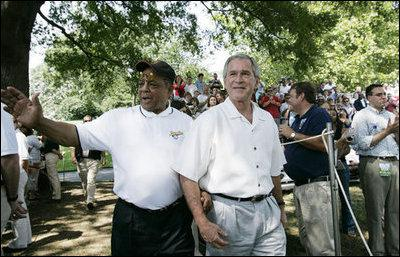 Mays with former United States President George W. Bush, Jr. Image courtesy of Wikipedia
