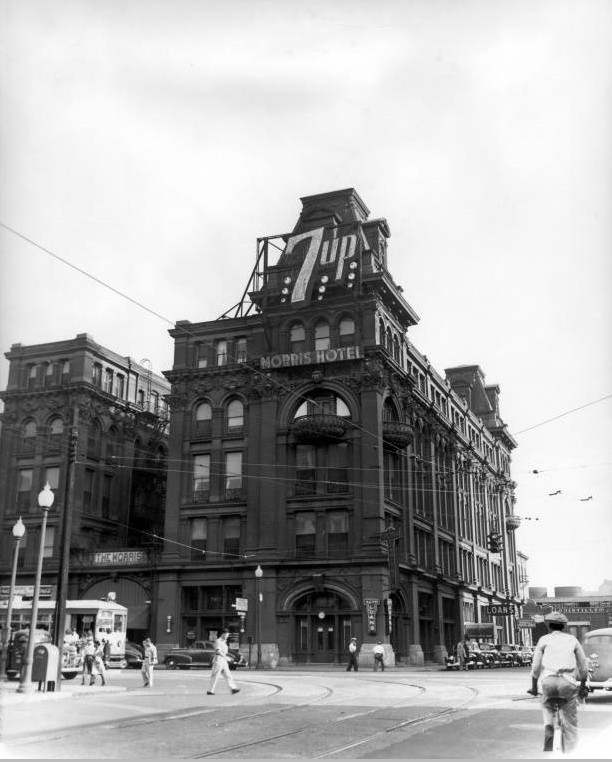 [Image: Morris_Hotel_exterior_with_7Up_sign-ca.-...401335.jpg]