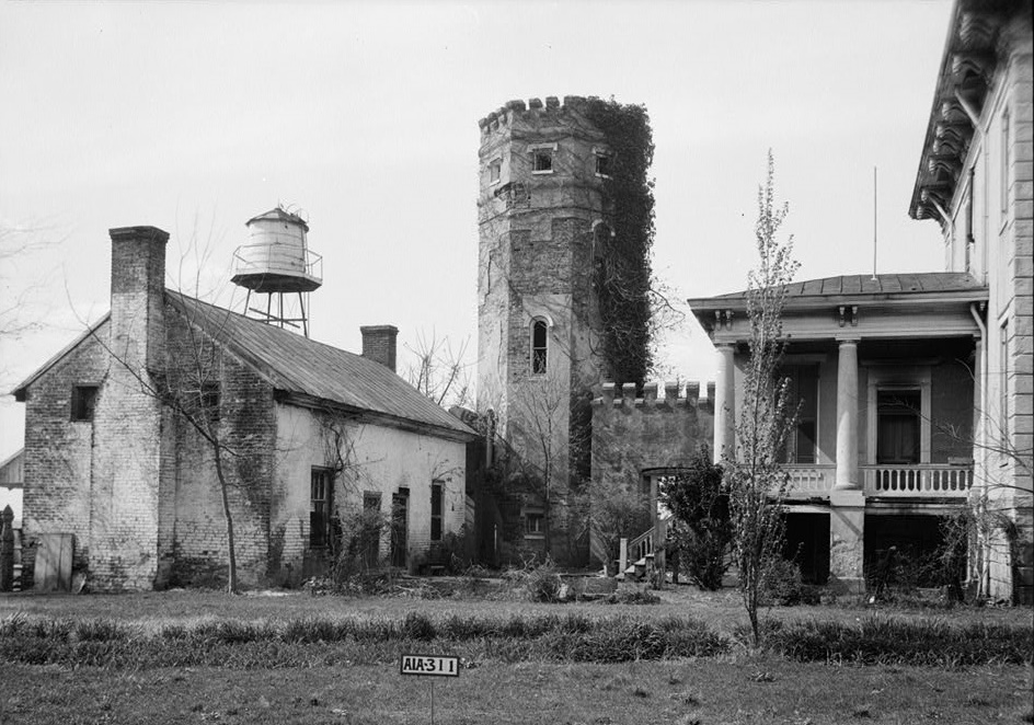 Rocky Hill Castle back by photographer Alex Bush 1935 (Library of Congress)