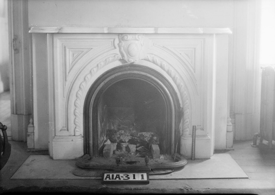 Rocky Hill Castle fireplace2 by photographer Alex Bush 1935 (Library of Congress)