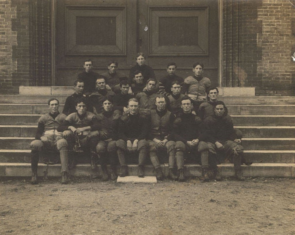 Football team at the University of Alabama in Tuscaloosa. July 30, 1901 Q8881