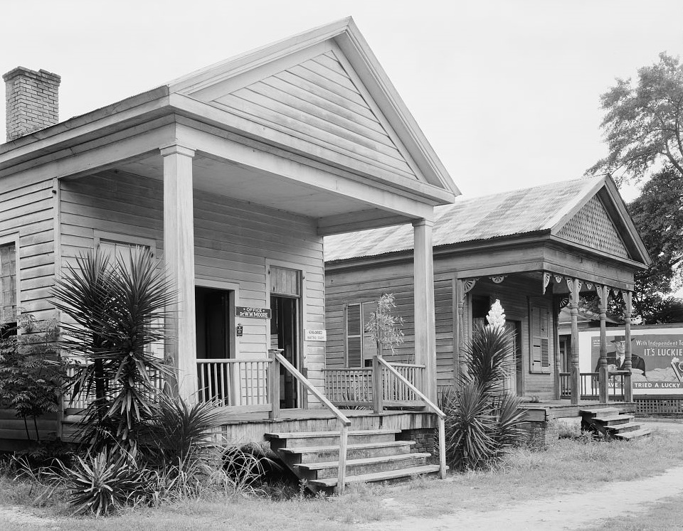Law Offices, Camden, Wilcox County, Alabama (photographer Frances Benjamin Johnston 1939 Library of Copngress)
