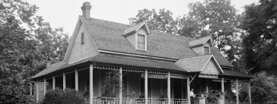 Glennville - a history of the people of by-gone days with pictures of some of their houses