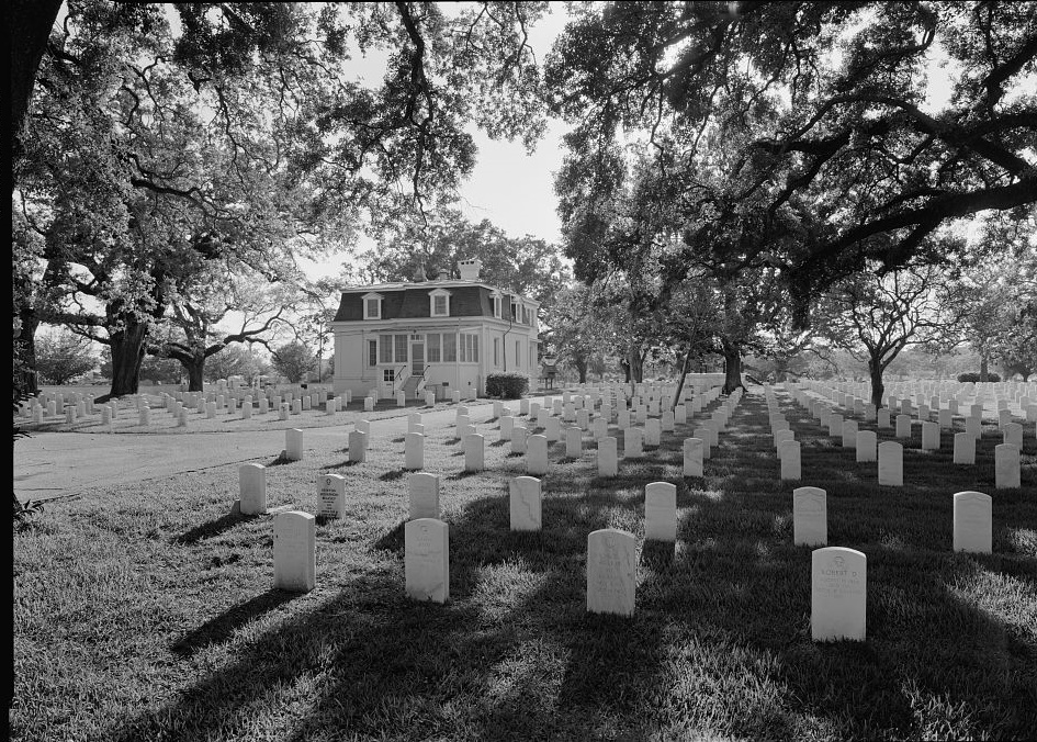 Mobile National Cemetery - lodge building ca. 1940s