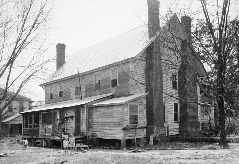 Thomas Dunn House, Broad Street, Camden, Wilcox County, AL Alex Bush, Photographer, March 27, 1937 REAR (EAST) AND NORTH ELEVATION (Library of Congress)