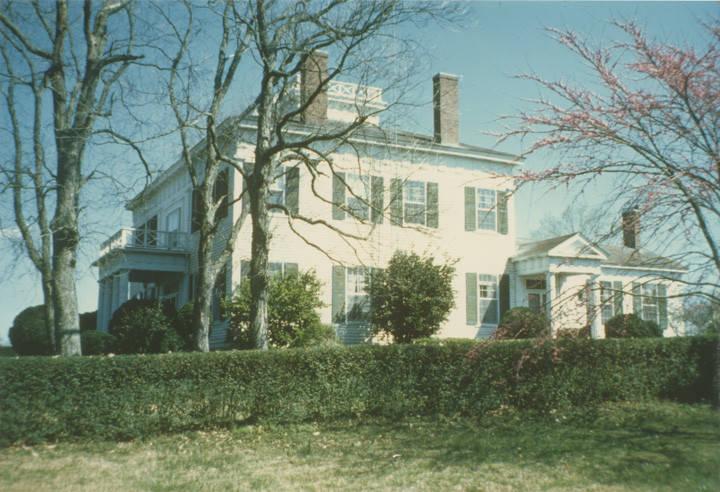 Barton Hall in Cherokee, Alabama 1979 – Architectural History program Q73046