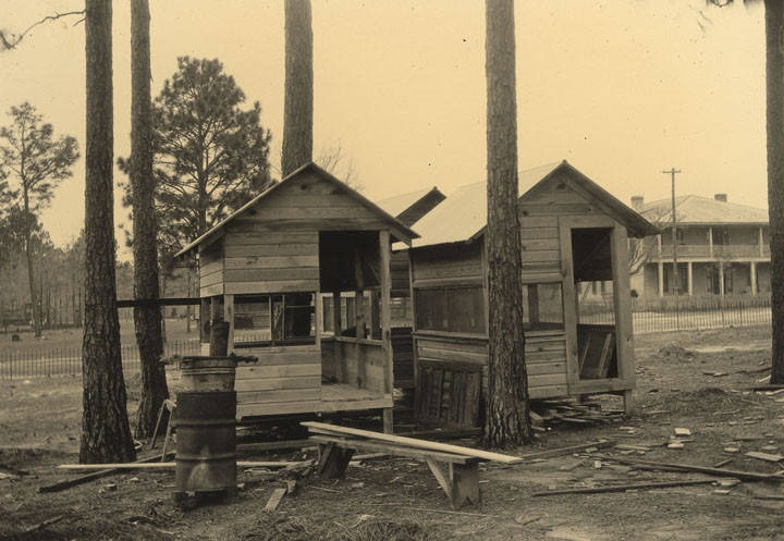Construction of tubercular isolation cottages in Washington County, Alabama 1930s (Alabama Department of Archives and History)