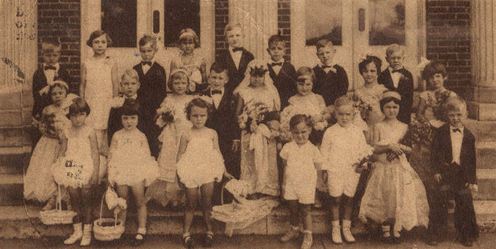 Tom Tumb wedding Aug. 10, 1930 Q9652