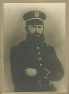 Vintage photographs of Captains in the Confederacy with links to the source of photographs