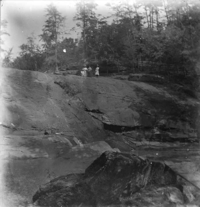 Young women at Davis Falls near Montevallo, Alabama. Q40185