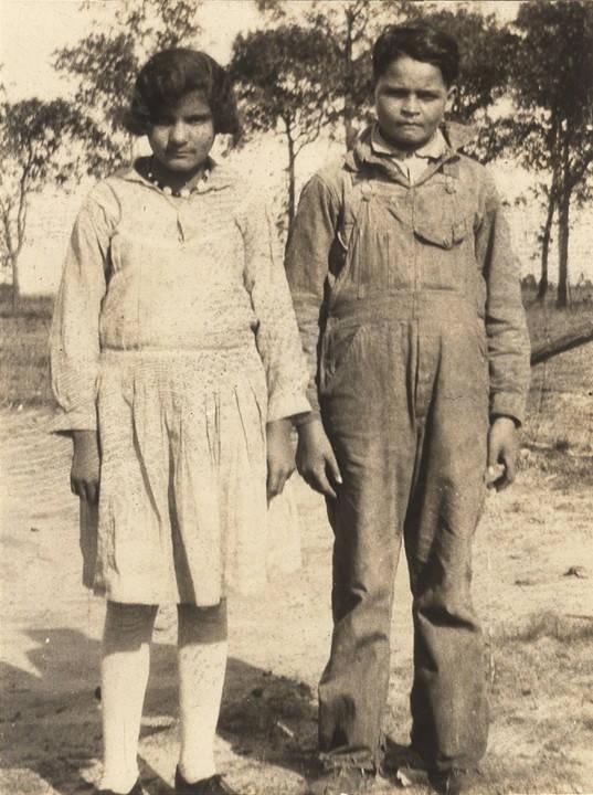 Cajun girl and boy in Mobile County, Alabama Q5422