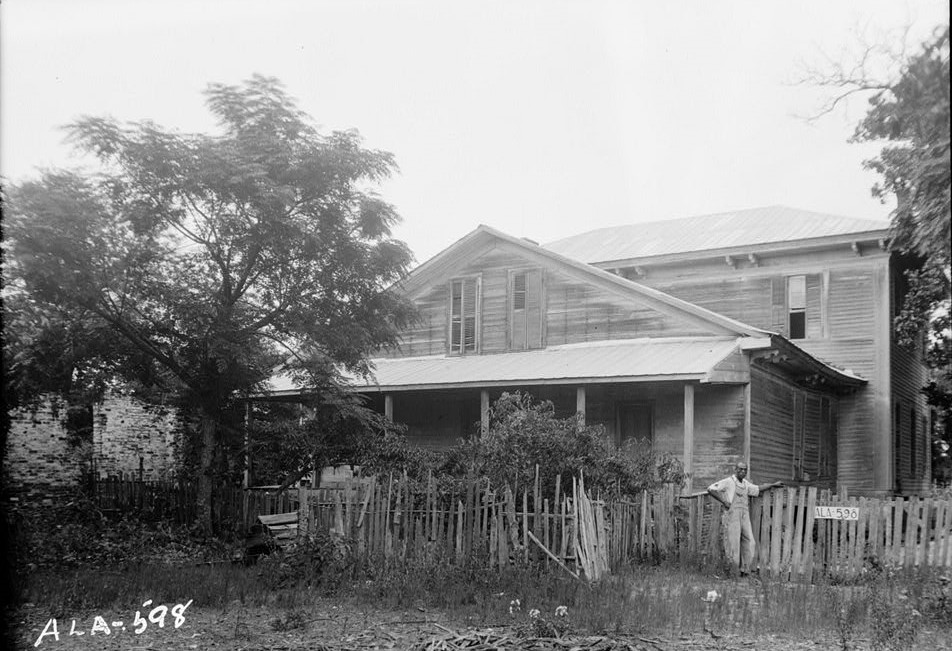 Colonel Luther Walker House, County Road 40, Peachburg, Bullock County, AL July 17, 1935 (photographer W. N. Manning, Library of Congress)