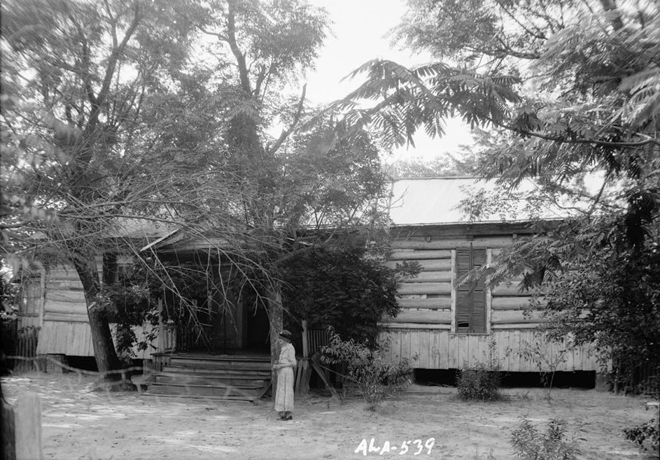 Octavia Adkinson House, Wilson Road, Peachburg, Bullock County, AL July 1935 front (photographer W. N. Manning, Library of Congress)