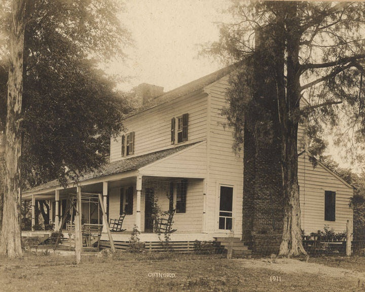 Prude family home in Tuscaloosa County, Alabama 1911 - The house was built in 1822, and as of the 1930s it had never been remodeled. James Oscar Prude was born in the house in 1856. (ADAH) Q8879