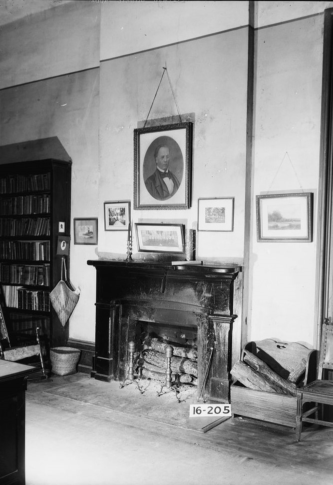 Jemison-Van de Graaf Mansion Alex Bush, Photographer, December 20, 1934. Detail of mantel ins south west room