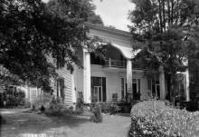 The county seat of Bullock County, Alabama has many beautiful historic homes