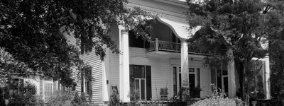 The county seat of Bullock County, Alabama has many beautiful historic homes