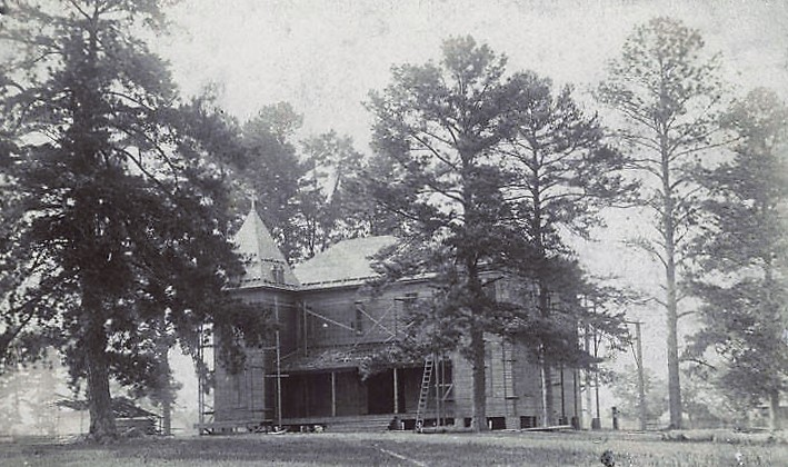 Construction of the fifth district agricultural school in Wetumpka, Alabama ca. 1896 (Alabama Department of Archives and History)