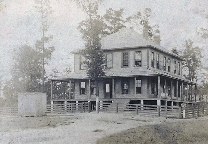 Home of the prison warden in Wetumpka, Alabama ca. 1910 (Alabama Department of Archives and History)