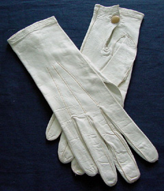 PATRON + SATURDAY SECRETS - Kid gloves were usually only for the rich - here is how they were cleaned in the 1890s