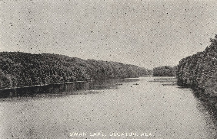 Swan Lake, Decatur, Alabama ca. 1910 (Alabama Department of Archives and History)