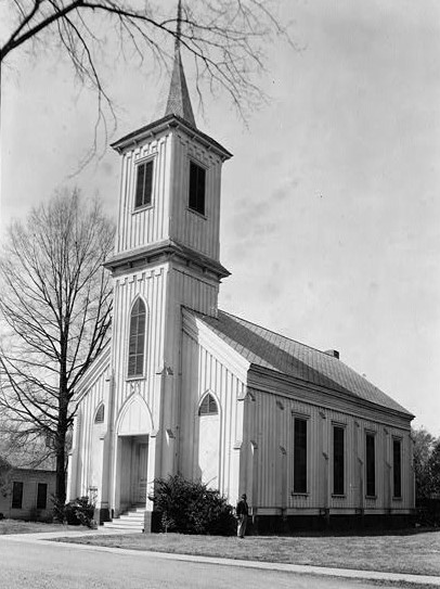 Wetumpka Presbyterian church in present day Elmore County, Alabama ca. 1939 (Library of Congress)