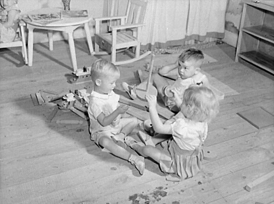 Childersburg, Alabama. WPA (Works Progress Administration) day for nursey for defense workers children2 (John Collier, LOC)