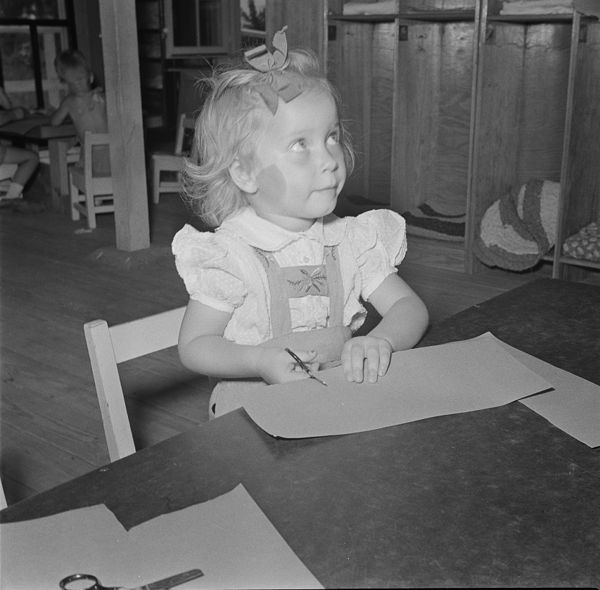 Childersburg, Alabama. WPA (Works Progress Administration) defense workers child ( May 1942, John Collier, LOC)