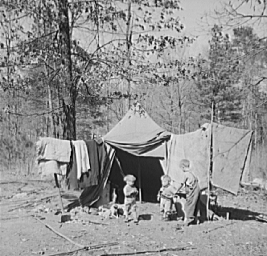 Children who live in a migrant camp on U.S. Highway No. 31, near Birmingham, Alabama (Library of Congress)